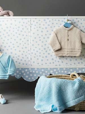 layette-laine-tricot-gilet-couverture-chaussons copie