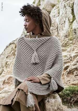 tricot laine poncho pompon